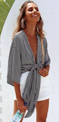 30 Summer Outfits To Rock This Season Casual Summer Fashion Style. Very Light and Fresh Look. The Best of summer outfits in Look Fashion, Fashion Outfits, Womens Fashion, Ladies Fashion, Dress Fashion, Fashion 2018, Beach Style Fashion, Feminine Fashion, Fashion Ideas