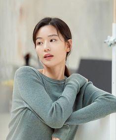 Jun Ji Hyun, Korean Women, Turtle Neck, Actresses, Pullover, Actors, Inspiration, Drama, Style