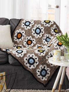 City Solarium Throw | Yarn | Free Knitting Patterns | Crochet Patterns | Yarnspirations