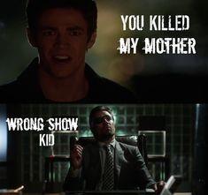 Memes to keep you going until The Flash season 2 Arrow Funny, Arrow Memes, Arrow Cw, Team Arrow, Arrow Quote, Dc Memes, Funny Memes, Flash And Arrow, The Flash Season 2