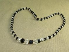 Vintage Art Deco Black & Clear Faceted Glass Graduating Beaded Necklace