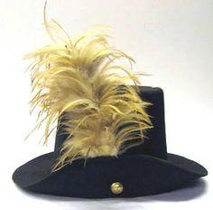 Courtesy of The Royal Armoury. //  Hatt till amiralsuniform. Ägare: Karl XIII av Sverige(-Norge). DATERING 1788. // Admiral's uniform hat. Owner: Karl XIII of Sweden (Norway), 1788.