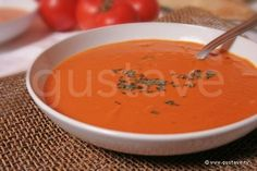 Velouté de tomate au basilic Testée et approuvée +++ Diet Recipes, Vegetarian Recipes, Cooking Chef, Summer Recipes, Food Videos, Curry, Food And Drink, Yummy Food, Nutrition