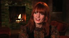 Image from http://thumbnails.cbsig.net/CBS_Production_Entertainment/621/687/LOL_Florence_and_the_Machine_EPK_640x360.jpg.