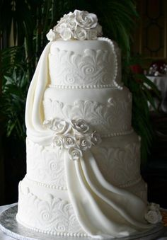 elegant white - Annas Cake Art.That looks beautiful. Please check out my website Thanks. http://www.photopix.co.nz