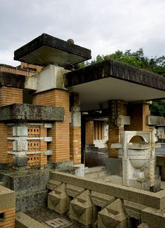 34 Frank Lloyd Wright Architecture Frank Lloyd Wright Architecture) design ideas and photos Prairie Style Architecture, Organic Architecture, Amazing Architecture, Architecture Design, Historic Architecture, Frank Lloyd Wright Buildings, Frank Lloyd Wright Homes, Gaudi, Wisconsin
