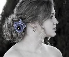Steps on How to Make the Knotty Wedding Hairstyle