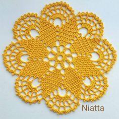 World crochet: Tablecloth 4 - Tuh Old Free Crochet Doily Patterns, Crochet Circles, Crochet Mandala, Crochet Motif, Crochet Designs, Crochet Flowers, Crochet Home, Crochet Crafts, Crochet Projects
