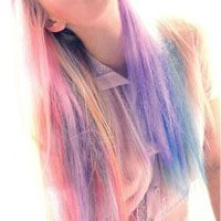I'm looking for some sort of pastel hair dye, permanent or long lastingly temporary, not something that just washes out after one wash like hair chalk! My Hairstyle, Pretty Hairstyles, Summer Hairstyles, Kool Aid Hair Dye, Pastel Rainbow Hair, Colorful Hair, Multicolored Hair, Rainbow Light, Color Fantasia