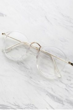 SheIn offers Transparent Frame Metal Top Bar Glasses & more to fit your fashionable needs. Glasses Frames Trendy, New Glasses, Glasses Online, Transparent Glasses Frames, White Frame Glasses, Clear Glasses Frames Women, Cool Glasses, Round Lens Sunglasses, Clothes