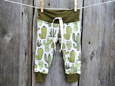 Cactus baby clothes, organic baby clothes, gender neutral baby gift, organic baby leggings,winter baby clothes, baby joggers, cuff leggings
