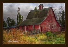 An old barn is located just outside Idaho Falls (eastern).  Photo by Sharon Breshears.