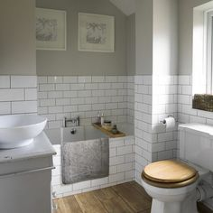 Armchair u shaped kitchen designs small bathroom update ideas twin size traditional bathroom pictures ideal Metro Tiles Bathroom, Wood Floor Bathroom, Bathroom Flooring, Small Bathroom, 1930s Bathroom, Classic Bathroom, Room Tiles, Tile On Bathroom Wall, Wall Tiles