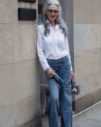 I want to be Linda Rodin when I'm older <3