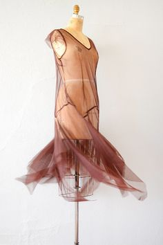 vintage 1920s brown tulle hankie hem party dress Jay Gatsby, Fashion Inspiration, Design Inspiration, 20s Party, Flappers, Vintage Lingerie, Drop Waist, Day Dresses, Party Dress