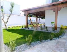 3 Bedroom Villa in Taranto to rent from £479 pw. With balcony/terrace, air con and TV.