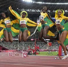 Sumo, Jamaica Jamaica, Basketball Court, Wrestling, Sports, Lucha Libre, Hs Sports, Sport