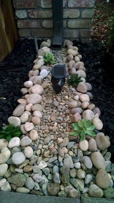 40 Front Yard Side Yard and Backyard Landscaping Ideas – Indignant corgi Garden Yard Ideas, Lawn And Garden, Garden Projects, Backyard Ideas, Gravel Garden, Fence Ideas, Rain Garden, Cool Garden Ideas, Rocks Garden
