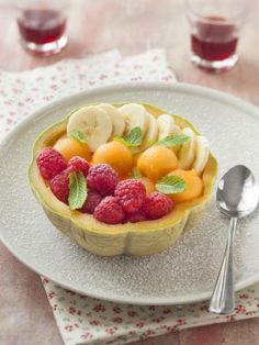 Dessert de melon framboises bananes : Recette de Dessert de melon framboises bananes - Marmiton