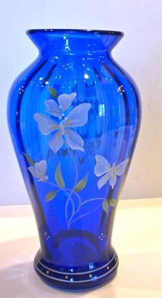 FENTON COBALT BLUE GLASS TALL VASE BUTTERFILES HAND PAINTED SIGNED S FISHER MINT