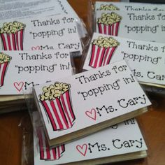 Pun-Tastic Teacher Gifts Cute idea for parent teacher conferences or back to school night!Cute idea for parent teacher conferences or back to school night! Back To School Night, 1st Day Of School, Beginning Of The School Year, School Fun, School Stuff, School Starts, Starting School, School 2017, Back To School Gifts