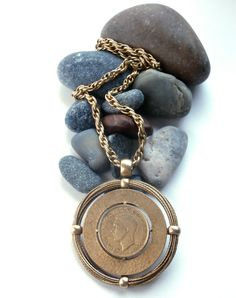 Penny - Coin Necklace - Vintage - Gold Tone - Coin Jewelry - Large Pendant Necklace by ReTainReUse on Etsy