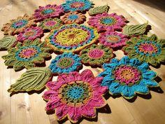 Crochet flower carpet / Horgolt virágos szőnyeg
