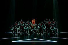 Grupo de Danza Japonesa, Wrecking Crew Orchestra