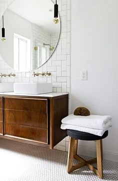 You need a lot of minimalist bathroom ideas. The minimalist bathroom design idea has many advantages. See the best collection of bathroom photos. Bad Inspiration, Bathroom Inspiration, Bathroom Ideas, Boho Bathroom, White Bathroom, Bathroom Trends, Vanity Bathroom, Bathroom Designs, Bronze Bathroom