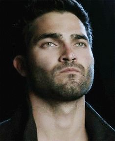 GIPHY is your top source for the best & newest GIFs & Animated Stickers online. Find everything from funny GIFs, reaction GIFs, unique GIFs and more. Teen Wolf Derek Hale, Teen Wolf Boys, Teen Wolf Stiles, Teen Wolf Cast, Teen Wolf Werewolf, Wolf Tyler, Meninos Teen Wolf, Wattpad, Dylan Obrian