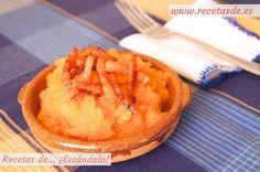 Deliciosa receta tradicional de Ávila, Salamanca y Extremadura a base de patatas, pimentón y torreznos crujientes. Muy rápida y sencilla de preparar :P