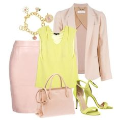 С чем носить желтые босоножки: розовая юбка, бледно-желтый топ и розовая сумочка