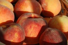 Freeze those fresh peaches & enjoy them all year! Here's  how ...