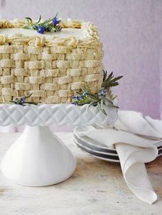 5 Things You Need to Know Before Baking Your First Hummingbird Cake