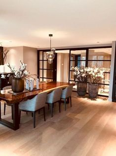 80 Elegant Modern Dining Room Design and Decor Ideas - Trend Home Room Interior, Interior Design Living Room, Interior Decorating, Decorating Ideas, Decorating Bathrooms, Design Interior, Modern Interior, Dining Room Design, Dining Room Table
