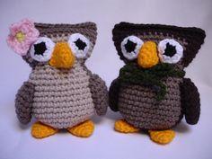 Bride and groom owls from www.mibruno.com #amigurumi #handmade #crochet #owl #brown