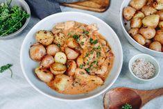 Pretzel Bites, Chana Masala, Chicken Wings, Hummus, Shrimp, Cake Recipes, Ethnic Recipes, Youtube, Diet