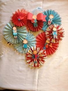 Valentines Day Heart Wreath by Deena Joy - Cards and Paper Crafts at Splitcoaststampers