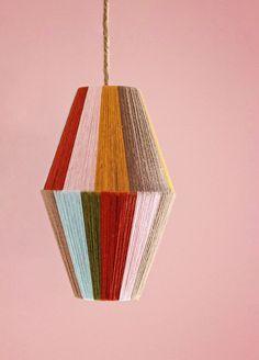 Make a Color-Blocked Pendant Lamp- Make a Color-Blocked Pendant Lamp DIY: Colour Block Lampe fürs Kinderzimmer - Diy Pendant Light, Pendant Lighting, Pendant Lamps, Dyi Lighting, Jar Chandelier, Brass Pendant, Lamp Design, Diy Design, Design Table