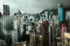 """Christophe Jacrot, photographe français, aime le romanesque qu'offre la pluie et le """"mauvais temps""""."""