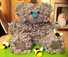 Coolest Teddy Bear Birthday Cake... This website is the Pinterest of homemade birthday cakes