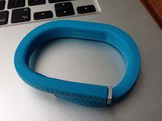 Jawbone UP, die erste Woche: Licht und Schatten http://www.wewearsmartwear.de/2013/06/jawbone-up-die-erste-woche-licht-und-schatten/