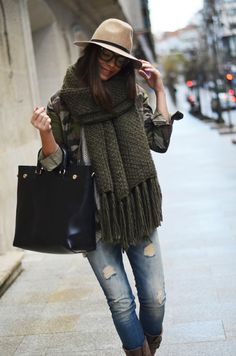 Love the hat with scarf! Topping it off with over sized bag!
