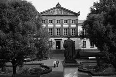 Göttinger Universitäts-Aula –war mal vorn a dem 10 DM-Schein zu sehen