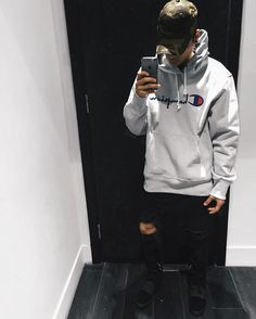 ** Streetwear daily - - - Click this picture to check out our clothing label ** Tomboy Outfits, Cool Outfits, Casual Outfits, Urban Fashion, Men Fashion, Fashion Outfits, Fashion Menswear, Look Man, Men With Street Style
