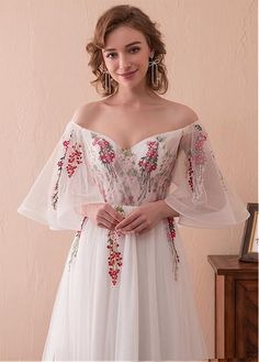 In Stock Gorgeous Tulle Off-the-shoulder Neckline Bell Sleeves A-line Prom Dress With Lace Appliques - Adasbridal.com