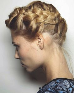 Holiday hair  Valentino's spring show