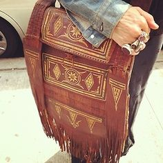 carry pretty. fringe.