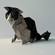 Cat (Katsuta Kyohei) folded by me, Strohseide backed with tissue paper.