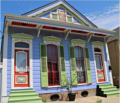 Quirky New Orleans, humid summer time.